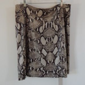 CHICOS skirt pencil snakeskin knee length 2